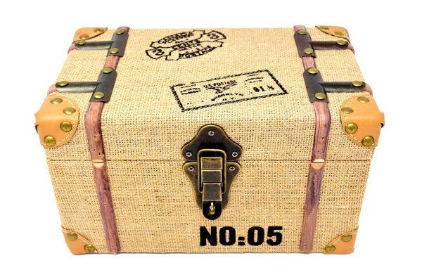 Caja decorada de madera para almacenar